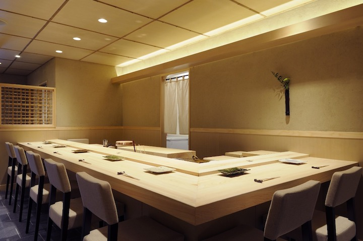 Sushi Miyakawa is a new entry in the Hokkaido MICHELIN guide 2017, with three stars to its name.