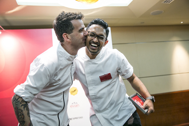 Sharing a cheeky moment with fellow Australian chef Sam Aisbett of Whitegrass  at the Michelin Guide Singapore 2017 gala awards