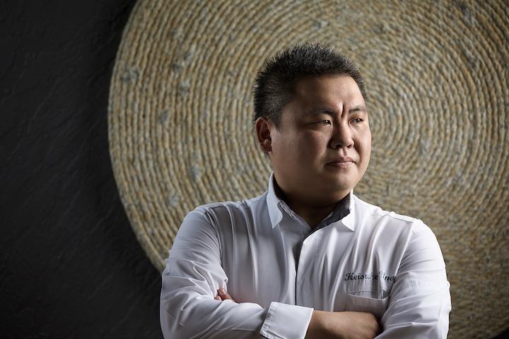 https://robert-parker-michelin-sg-prod.s3.amazonaws.com/media/image/2017/08/24/3b57be5de3c84910b4d144d4a5bf4dd9_Executive+Chef+Uno+Keisuke+1.JPG