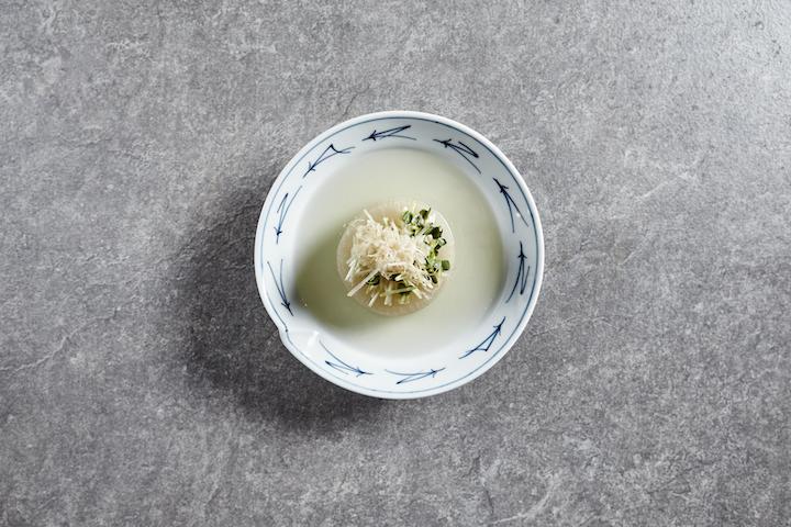 關東煮裏的大根(白蘿蔔)。 攝影:Wong Weiliang