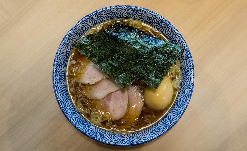 多賀野的招牌醬油中華拉麵