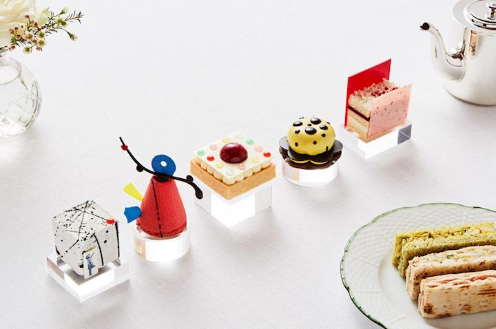 Rosewood Hotel 呈現充滿視覺藝術感的午茶甜點。