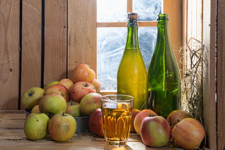 布列塔尼以傳統工藝製作蘋果酒。