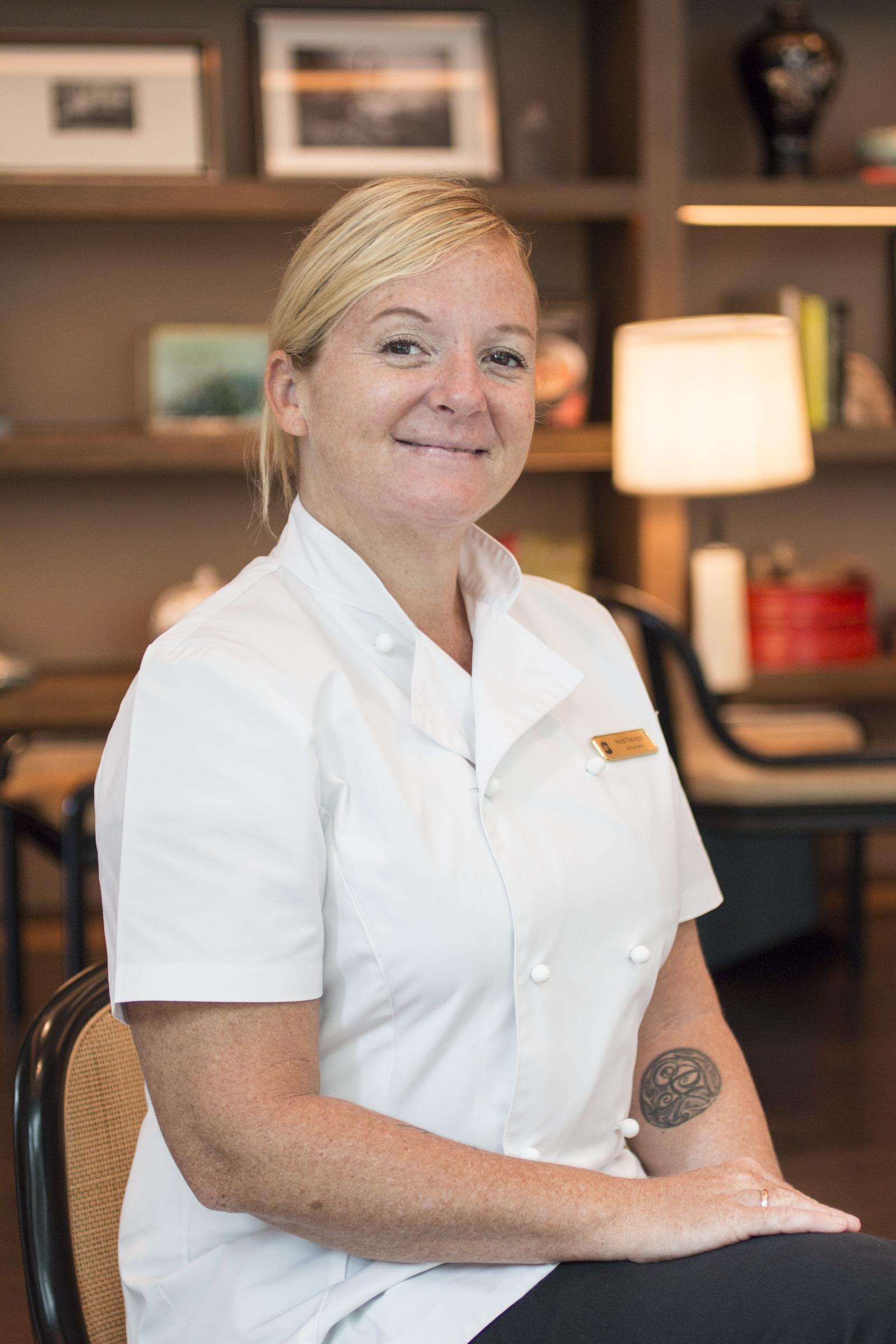 https://robert-parker-michelin-sg-prod.s3.amazonaws.com/media/image/2017/10/31/5ac7d29afa28425795a7fa8788eabb0d_Chef_Heidi-2.jpg