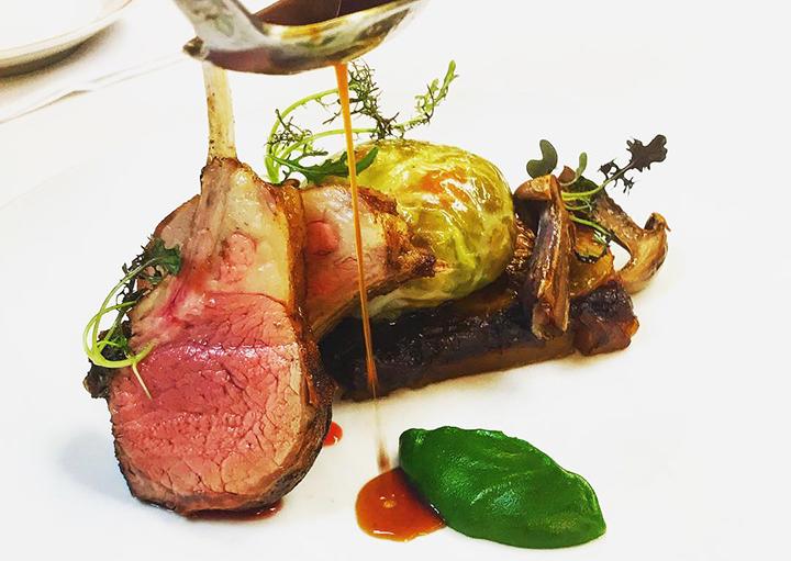 Café Boulud 的羊肉菜色(圖片來源:Café Boulud 紐約面書專頁)